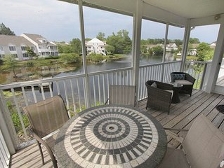 5383U: 2BR+den+loft Sea Colony West condo! Private beach, pools, tennis ...