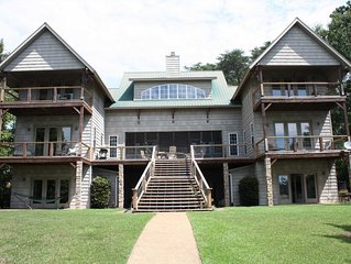 Smith Lake Rentals & Sales - SPRING LAKE COTTAGE - Multiple balconies and two ki