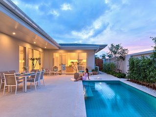 A Gorgeous 2BR Garden Villa  - Visit a little Paradise.... !!