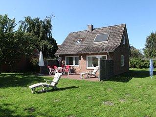 Schönes Strandhaus, 100m zur Ostsee, mit großem Südgarten, für 5 Personen, WLAN