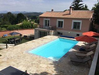 Grande maison independante au calme, dans la campagne de Malaucene en Provence