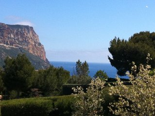 CASSIS - APPARTEMENT T3 DANS BELLE RESIDENCE-PISCINE/TENNIS -6 Pers