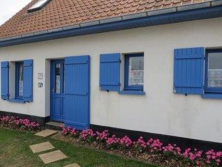 Maison individuelle de charme, a 50 m de la plage, jardin clos.