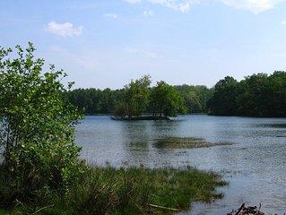 Vers le lac des Vieilles Forges LES MAZURES à 15 Kms