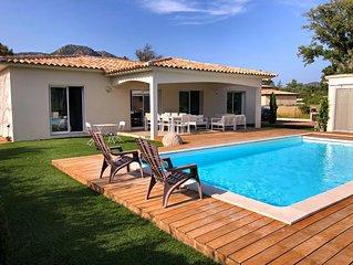 Villa climatisée avec piscine privée chauffée proche des plages et commerces