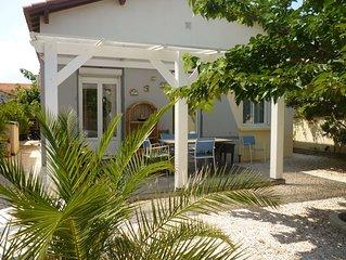 Maison à 150m de la plage, 60 m2,  entourée d'un jardin avec barbecue, au calm