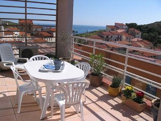 Appartement 2 ch/4 pers terrasse vue mer et port clim wifi parking
