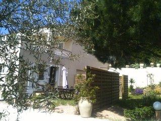 Rez-de-villa Piétrosella face à la mer, avec jardinet au calme, sans vis-a-vis