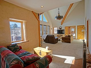 One of A Kind Elk Meadows Home - Comfortable, Family Friendly-Spectacular Vistas