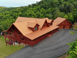 Beautiful new cabin in MT Airy with amazing views of the blue ridge mountain