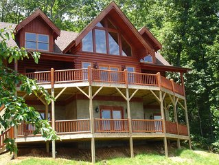 Secluded Log Home w/Breathtaking Views. Hot Tub. Fire Pit. Game Room. WiFi!