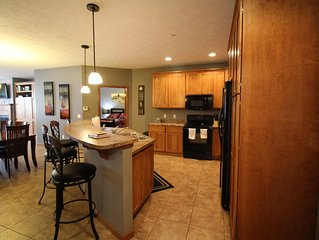 GG 201 - Relax in this beautiful fully furnished condo!