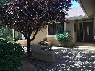 Cool Summer Prescott Home With Large Deck, Great Views Close to Shopping, Dining