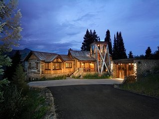 CB's Most Luxurious Rental! Ski-In/Ski-Out! Featured in the Wall Street Journal!