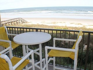 Direct Upgraded Ocean/Beach Front Condo, Flat Screens, WIFI, 4 Heated Pools