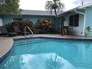 Anna Marie 2 Family Home w/ pool, beach/3 blocks.