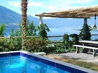 Tessiner Ferienhaus mit toller Panoramasicht, privatem Pool, Garten und Pergola