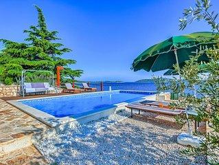 Amazing Villa direkt am Meer mit 5 Schlafzimmern für 12 Personen