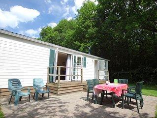 Freistehendes Chalet mit 3 Schlafzimmern und möblierter Terrasse