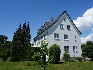 Grosszugige Fewo, 300 m / 5 min zum Bodenseeufer in Friedrichshafen-Fischbach