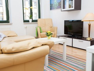 2 Zimmer FeWo, Kuche, Bad, Balkon, Kabel-TV, WLAN, ruhig - Nahe Innenstadt