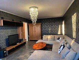 Stilvolle vollausgestattete Wohnung mit WLAN