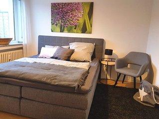 Neues, stilvolles, ruhiges Apartment - schnell am Flughafen & Messe