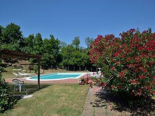 Große und komfortable Ferienvilla mit Blick in sehr ruhiger Alleinlage