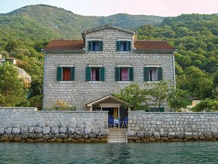 5 Zimmer Unterkunft in Kotor
