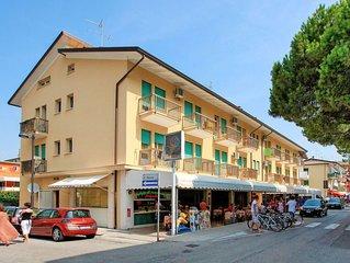 Ferienwohnung Residenz Stella d'Oro (CAO341) in Caorle - 5 Personen, 1 Schlafzim