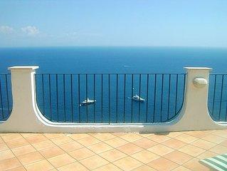 Casa Carlo - Ferienwohnung mit atemberaubender Meerblick-Terrasse in Amalfi