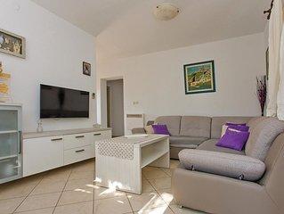 2 Zimmer Unterkunft in Vinisce