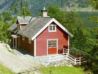Hoch Standard Ferienhaus direkt am Fjord