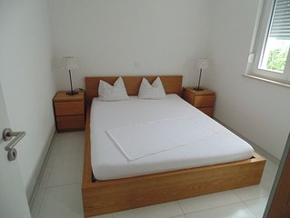 Appartement   für 4+1 Personen, 150 m vom Strand entfernt, mit Meerblick -