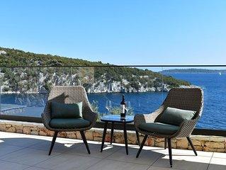 Plava Voda Luxury Villa B