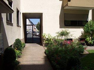 Zentrales, ruhiges 1,5 Zimmer Apartment mit schoner Ausstattung und Sudbalkon