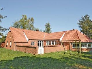 6 Zimmer Unterkunft in Væggerløse