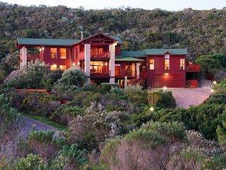 Sehr schönes freistehendes Ferienhaus mit Meerblick in erhöhter Lage (455 m²)