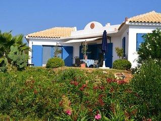 Modernes Ferienhaus, sehr ruhig, umgeben von Olivenhainen auf einer Anhöhe
