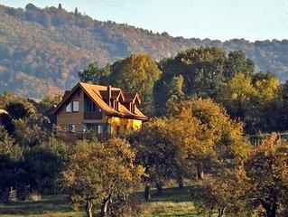 • CASA ZOLLO • Ferienhaus-Villa in urigem Karpaten-Dorf bei Sibiu-Hermannstadt