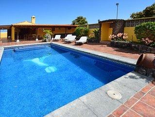 Komfortable Villa mit privatem Pool und BBQ, WLAN, Teide- und Meerblick