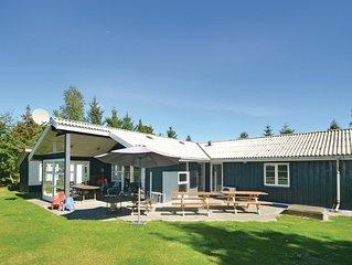 5 Zimmer Unterkunft in Væggerløse