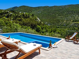 *NEW* Charming stone house Duje with heated pool and jaccuzi