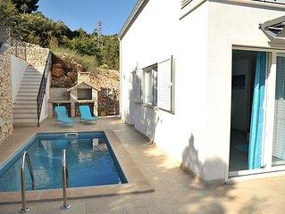 ctvi167- Ferienhaus mit beheizbarem Pool, 4 Schlafzimmer, ein Wohnzimmer, Kuche,
