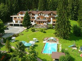 Das Paradies bei Kitzbühel - Wohnung Alpenrose im Gartenhotel Rosenhof