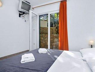 Ferienwohnung Rubin in Hvar/Pokrivenik - 3 Personen, 1 Schlafzimmer
