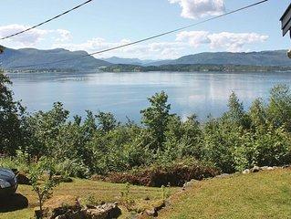 3 Zimmer Unterkunft in Stangvik