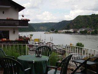 Rheinterrassen Doppel-Ferienhaus fur bis zu 9 Personen