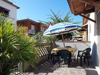 Vacation home Casa Rolanda  in Castiglione d. Pescaia GR, Maremma - 5 persons,