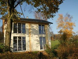 Helles neues Haus mit Seesicht, für Paare oder Kleinfamilien